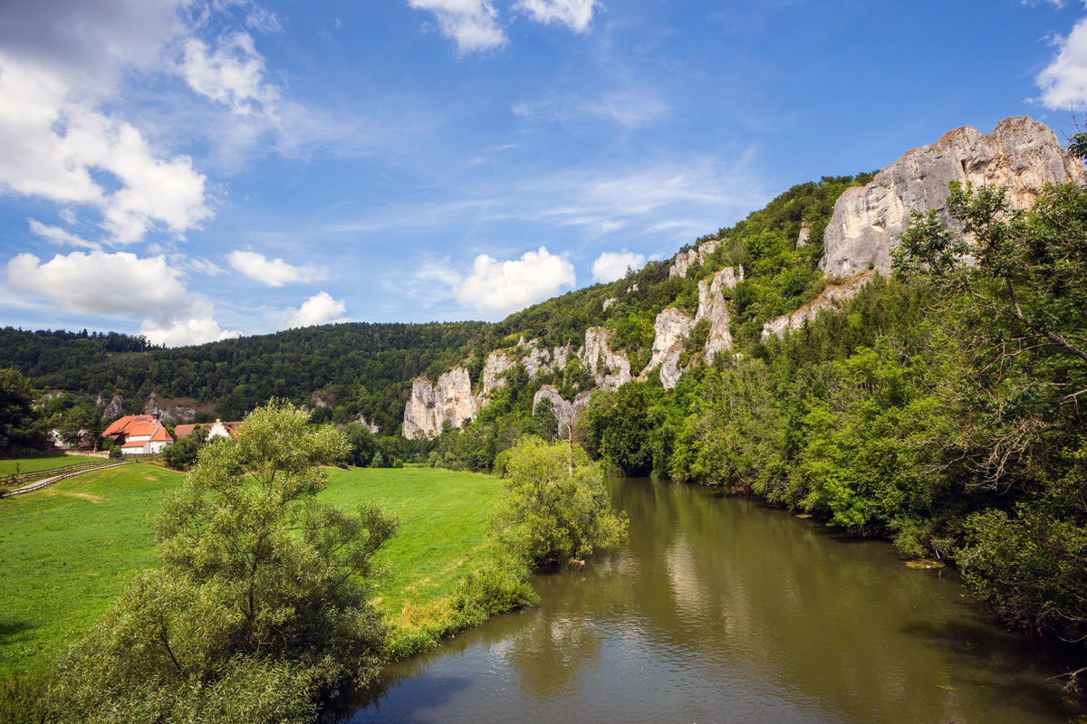 Donautal (Foto:Rainer-Sturm pixelio)